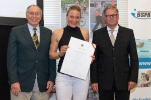 Verleihung Diplom staatlich geprüfter Schwimmtrainer